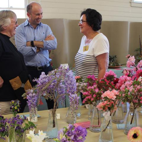 Matt Kean attends Berowra Garden Club Annual Spring Show