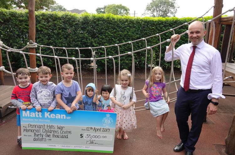 Member for Hornsby Matt Kean MP with the kids at Pennant Hills War Memorial Children Centre