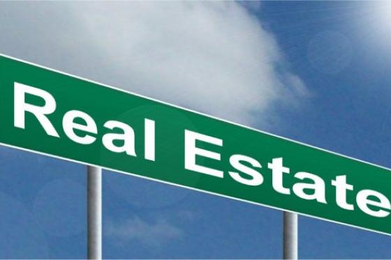 Crooked real estate agent jailed for fraud
